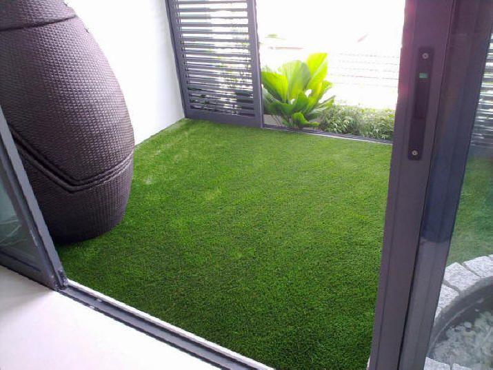 Les 114 meilleures images propos de balcony sur for Balcony artificial grass