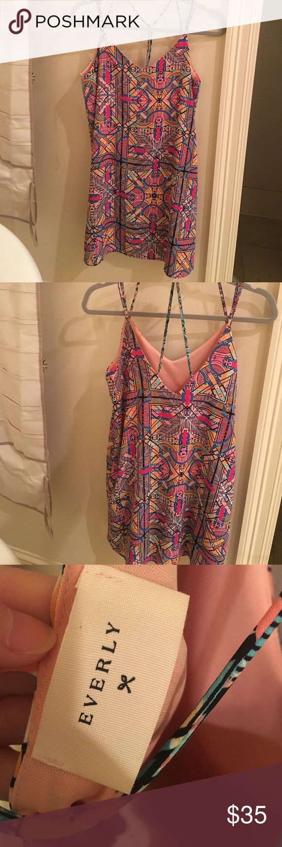 Everly Dress Size Small Worn once. Perfect condition. I am 5'1 and it was a couple inches above the knee Everly Dresses Midi