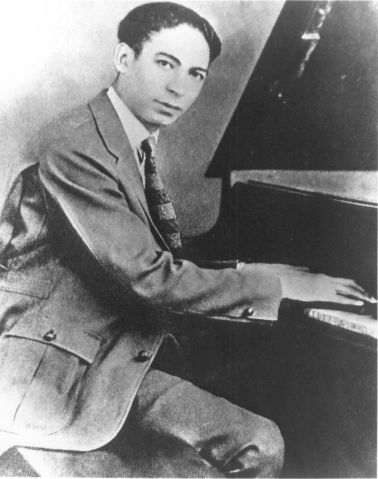 Ragtime/early jazz pianist, bandleader, composer Jelly Roll Morton was born in 1890. Morton's piano style came to be known as stride piano which produced the boogie woogie. He died in 1941.