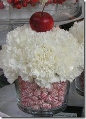 Love this for a whimsical centerpiece! #Peppermint and #carnation #cupcake: Cupcakes Centerpieces, Cupcake Centerpiece, Idea, Christmas Centerpieces, Christmas Candy, Carnations Cupcakes, Christmas Cupcakes, Flower, Center Pieces