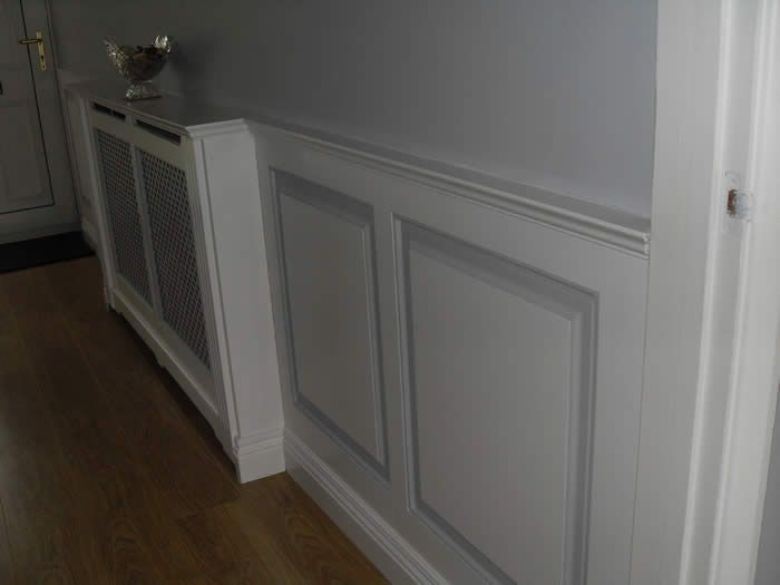 wooden wall panelling  experts entrance hall devon made in teh uk by wall panelling experts