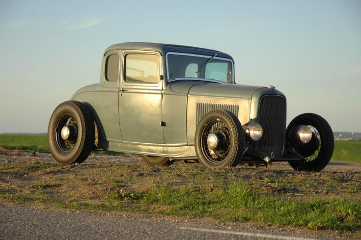 I like the stance and old school wheel/tire combo on this one.