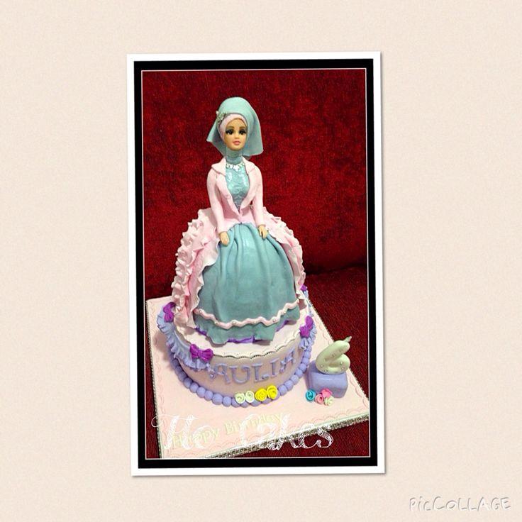 Moslem barbie cake