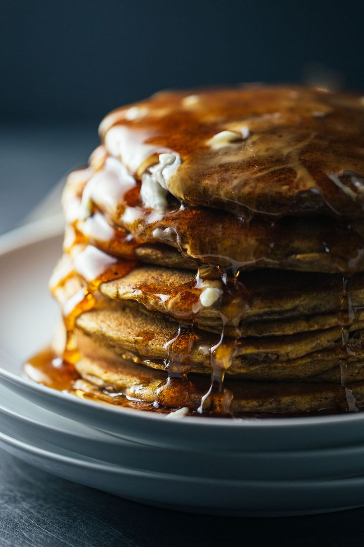 Whole Wheat Cinnamon Pumpkin Pancakes