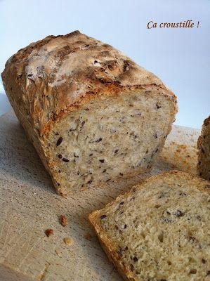 Ahh le bon pain fait maison...! A mes yeux réussir son pain fait partie des petits bonheurs du quotidien. Sentir cette bonne odeu...