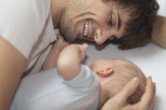 Chez Virgin les pères pourront prendre un an de congé paternité à 100% de salaire