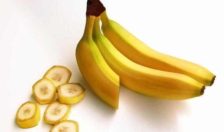 Sólo con un poco de plátano dentro de una botella podemos acabar con las moscas en casa. ¡Tomad nota de todo el truco!