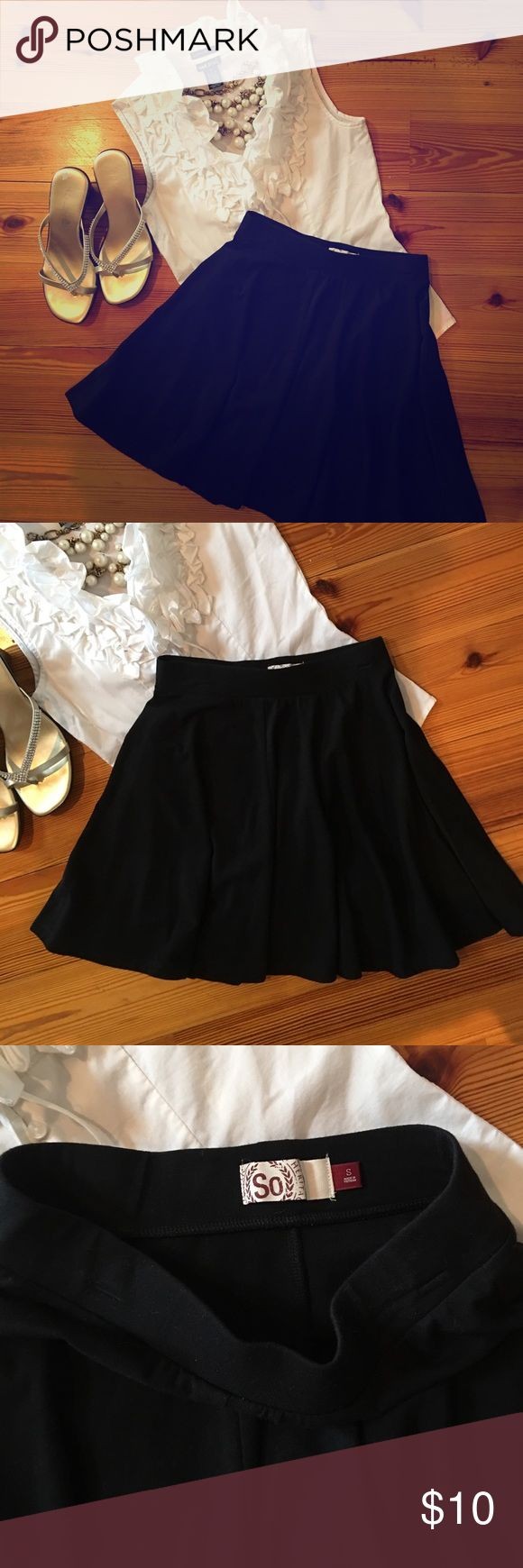 Black, elastic waist A line short skirt Cotton/Spandex blend. Soft and flowing Skirts Mini