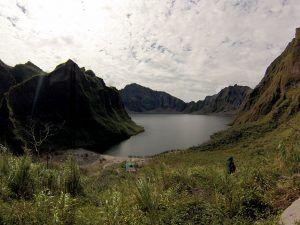 Trekking sensacional no vulcão Monte Pinatubo