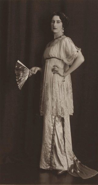 Portrait of Thea Proctor by May Moore, Mina Moore, 1912