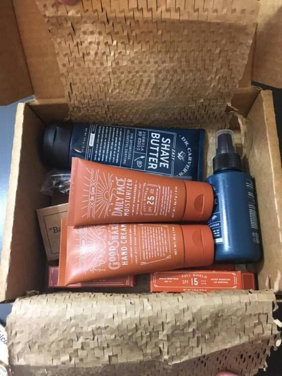 Dollar Shave Club delivers shaving supplies to you monthly! Giveaway on my blog for the Big Cloud Skin Care Collection!