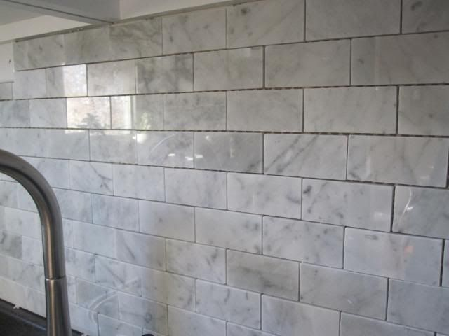 Marble Ous The Backsplash With Images Backsplash