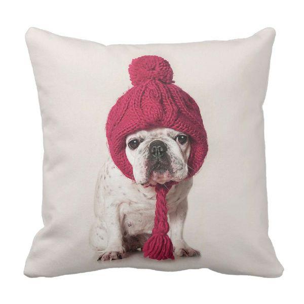 Poduszka Buldog w czapce pod-6259 | Poduszki ozdobne \ Zwierzęta Poduszki ozdobne \ Zwierzęta | ArtMini.pl