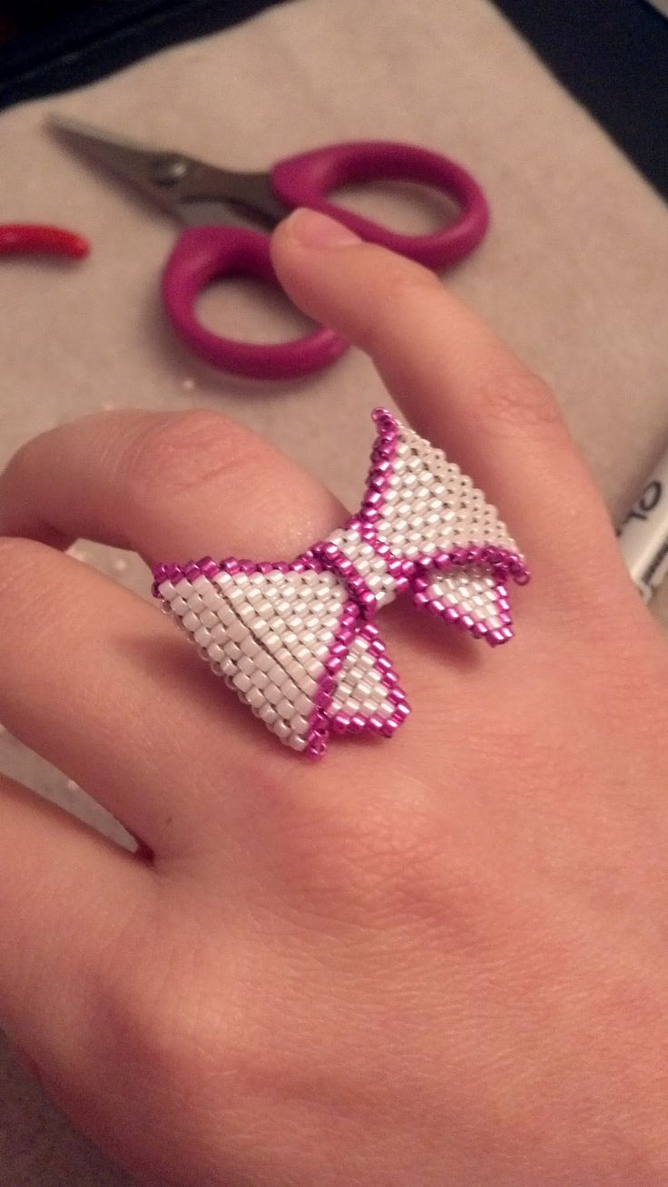 First try: Beaded Peyote bow ring!