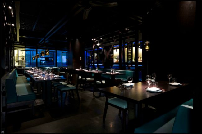 dans le noir a restaurant in london where you eat in the dark served by blind waiters it 39 s. Black Bedroom Furniture Sets. Home Design Ideas