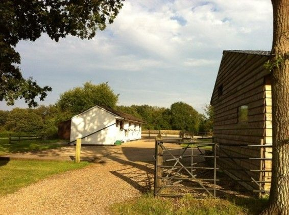 Equestrian property for sale in Surrey Equestrian property for sale in Surrey, South East!
