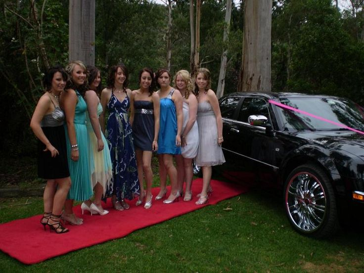 School Formals Melbourne - Our Limo is the best way to arrive.