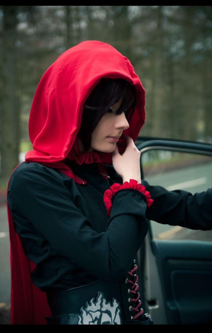 Ruby Rose RWBY cosplay