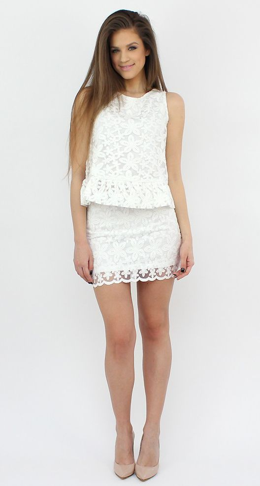 White Lace Mini Skirt ..show some skin with this resistance piece...:)  #moda #shopping #style #fashion #skirt
