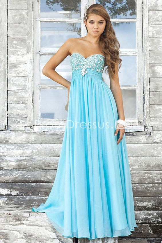 Love the embellishments on top and flowing skirt.