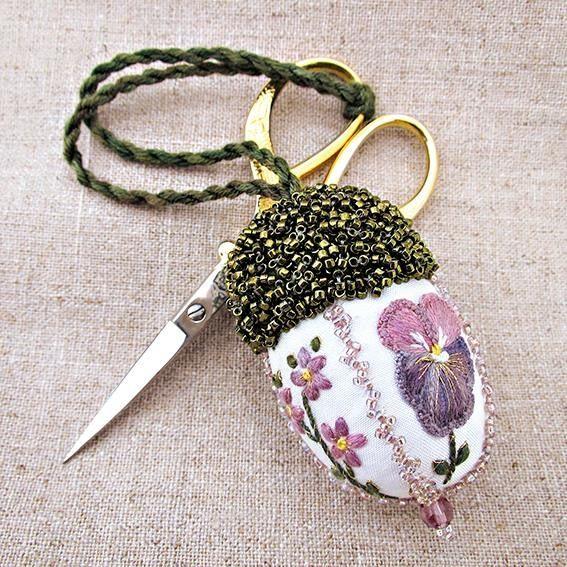 Beautiful scissor keeper....