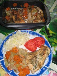 Heni modern konyhája: Csirkemell zöldségágyon