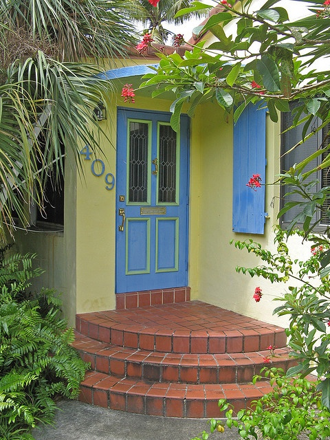 1000 images about yellow house blue door on pinterest for Front door yellow house