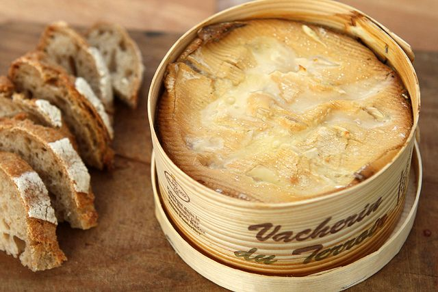 Vacherin Mont d'Or Cheese -