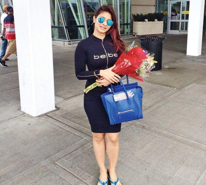 Tanishaa Mukerji takes off to New York. #Bollywood #Fashion #Style #Beauty #Hot