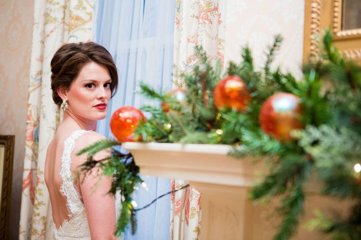 Winter themed wedding at historic venue