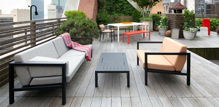 Sundays utemøbler på takterrassen til det Norske konsulatet i New York #hage #uterom #utemøbler #norskdesign