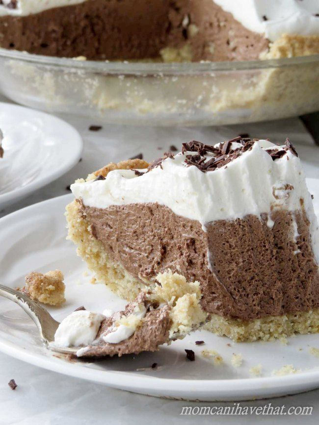 Low Carb French Silk Pie is 8 (not 4) net carbs per serving. | low carb, gluten-free, keto,    | momcanihavethat.com