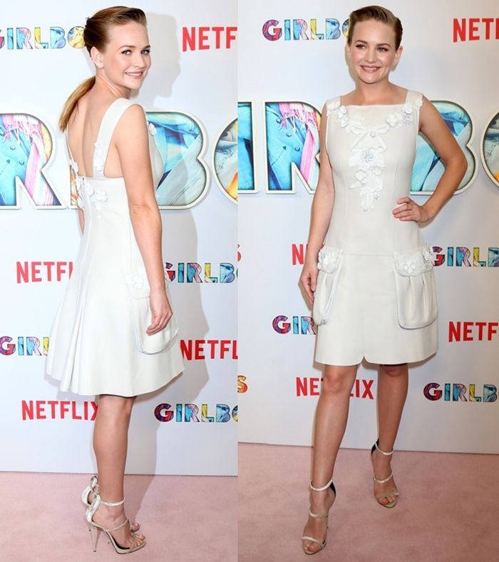 Britt Robertson's white frock from Fendi's Spring 2017 collection featured floral appliques on the bodice and really big side pockets that were awkward and bulky.