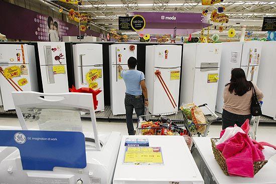 A  rede Walmart é condenada a pagar R$30mil por proibir namoro