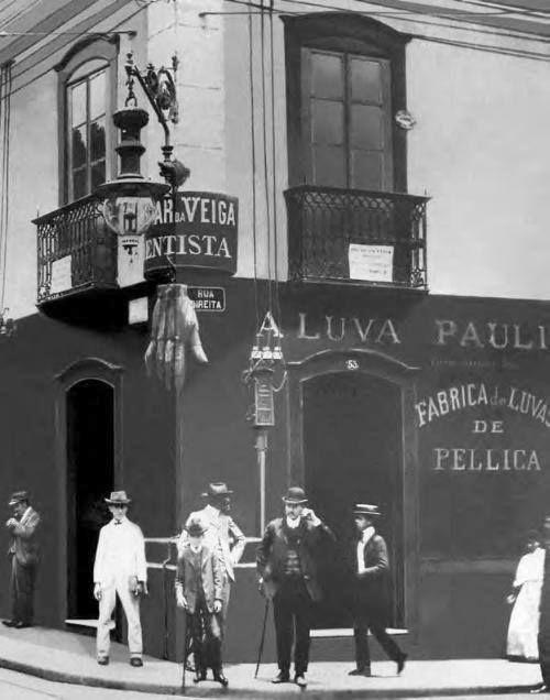 1905 - Rua São Bento esquina com a Rua Direita.