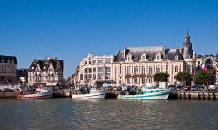 HOTEL LES EMBRUNS à Trouville Sur Mer : Escapade en bord de mer à Trouville Sur Mer: #TROUVILLESURMER 59.00€ au lieu de 125.00€ (53% de…