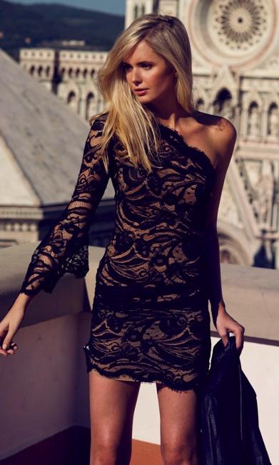 bare shoulder lace dress
