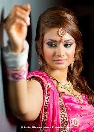 Afbeeldingsresultaat voor hindoestaanse bruiloft