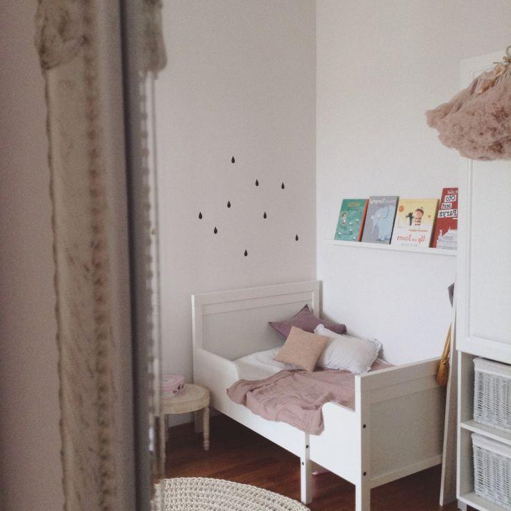 Kids room - Extendable bed by Ikea - Kaszka Z Mlekiem
