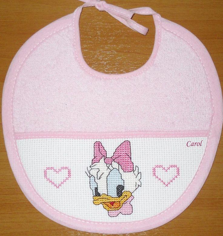 """Bavaglino """"Disney Baby Paperina"""" -punto croce-, by Il filo della magia, 10,00 € su misshobby.com"""