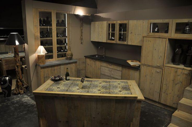 Dsm Keukens Op Maat : keuken steigerhout Marke toonzaalmodel keukens