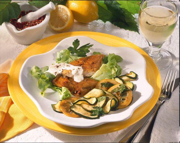 Unser beliebtes Rezept für Makrelenfilet mit mariniertem Gemüse und mehr als 55.000 weitere kostenlose Rezepte auf LECKER.de.