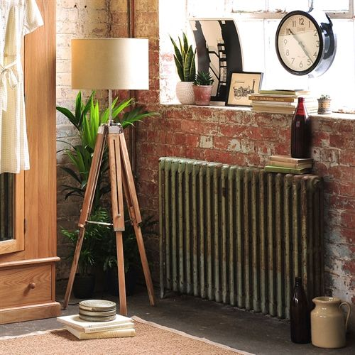 Tripod Floor Lamp - Natural (N624) with Free Delivery | The Cotswold Company