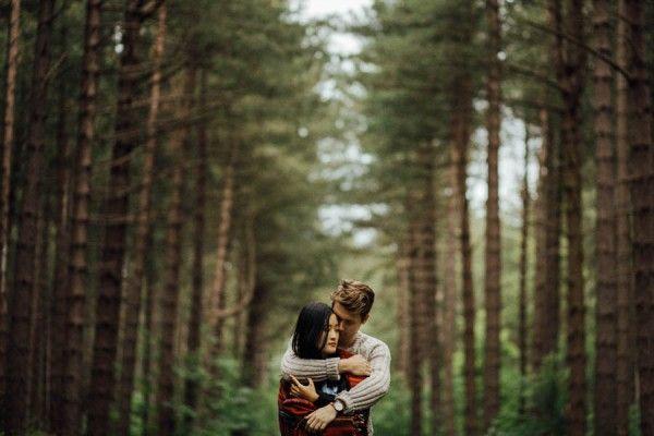 Stunning forest backdrop | Cozy Forest Engagement in Clumber Park via @junebugweddings