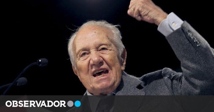 """#Mário Soares está a ser acompanhado no hospital """"com preocupação"""" - Observador: Observador Mário Soares está a ser acompanhado no hospital…"""