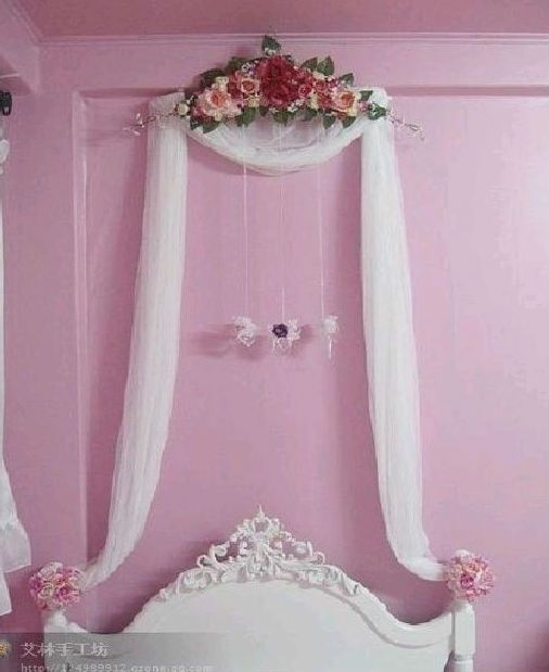 DIY Clothes hanger, sheer fabric and flower arrangement  ~ so pretty