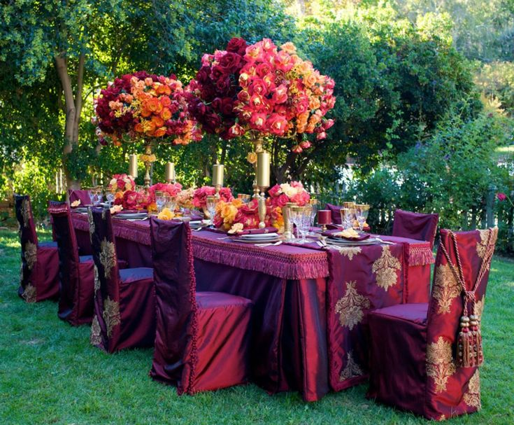 17 best ideas about jewel tone colors on pinterest jewel tone decor jewel tone wedding and. Black Bedroom Furniture Sets. Home Design Ideas