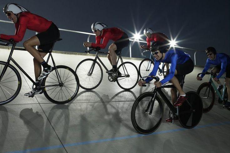 ¿Cuál es el tamaño estándar de ruedas para las bicicletas de carrera?. Las ruedas de competición para las bicicletas de bicicletas usan materiales livianos como fibra de carbono y aluminio para crear combinación perfecta de fuerza y peso. Si estás comprando un nuevo juego de ruedas para tu ...