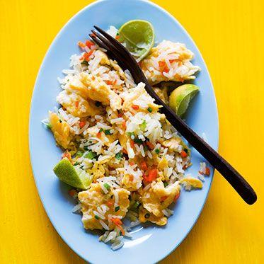 Gebratener Reis mit Gemüse und Eiern