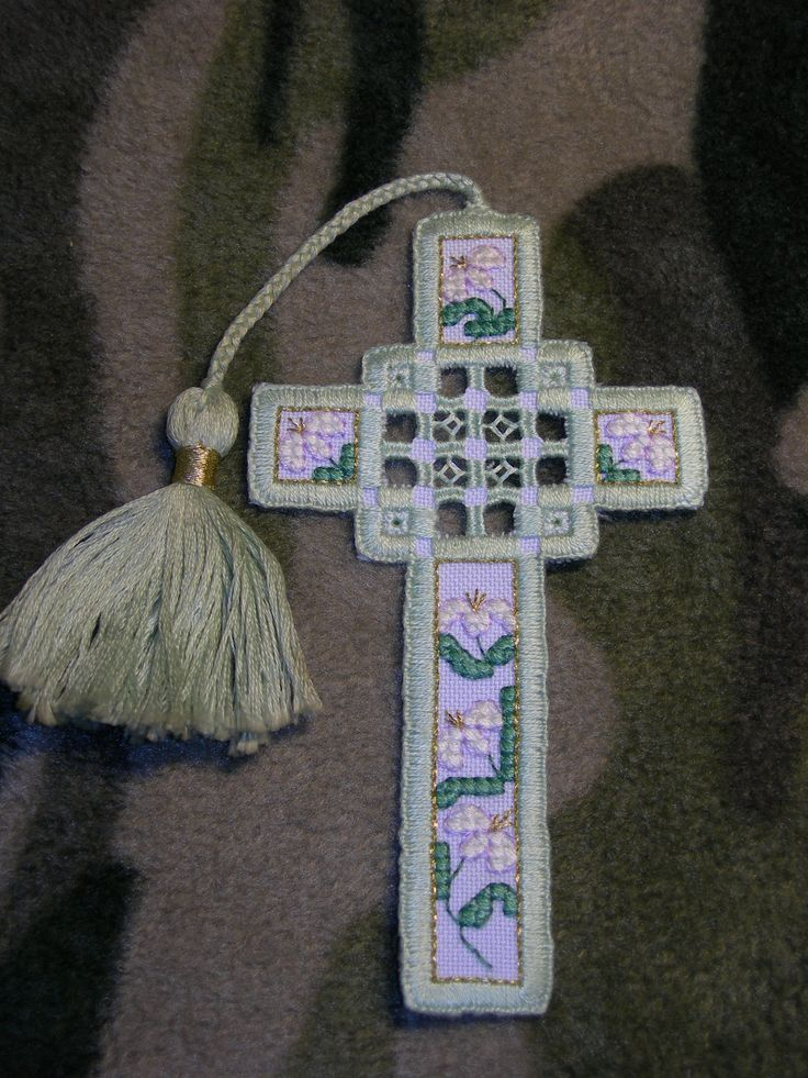 Hardanger Cross Bookmark (The Cross Stitcher Mag V13#1 Apr '96, p. 50-51) Finished: 14 June 2004 Fabric Used: White Palm Beach 36 ct Fiber Used: DMC
